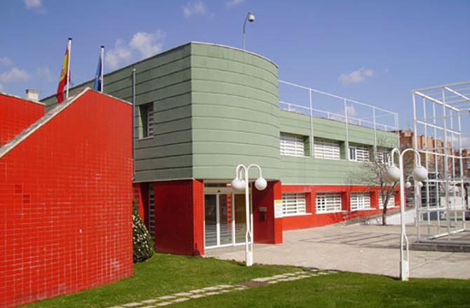 Edificio fachada exterior de Ceapat