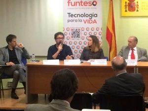 De izquierda a derecha D. Eduardo Jáuregui, D. Alfonso Escriche, Dª Elisa Flores y D. Larry Bensadón