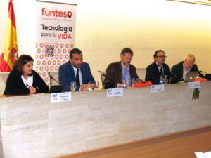 De izquierda a derecha Dª Myriam Pérez, D. José Barcia, D. Rafael Vera, D. Jose Manuel Cruz y D. Miguel Alborg